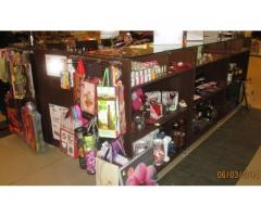 Vand urgent mobilier comercial - stand/insula 6MP